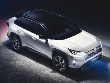 Toyota RAV4 2.0 Valvematic 129kW /173k 6MT benzín FWD Active