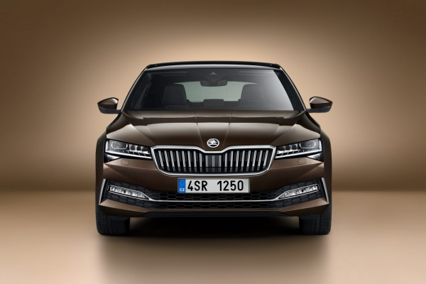 Nová ŠKODA Superb 2.0 TDI SCR 110kW /150k 6°MP Active